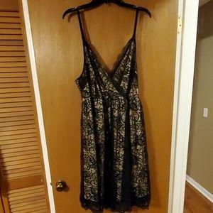 Torrid Black lace dress size 3